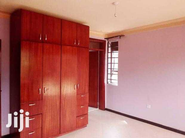 Archive: Kyebando Must See Double Apartment For Rent.