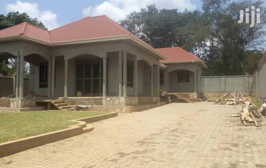 Four Bedroom House In Gayaza Kayebe For Sale | Houses & Apartments For Sale for sale in Kampala, Central Region, Uganda