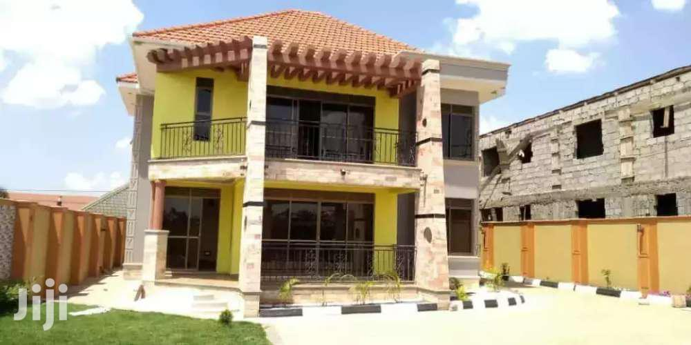 Brand New Specious 5 Bedrooms Mansion On Quick Sale In Ntinda  Title