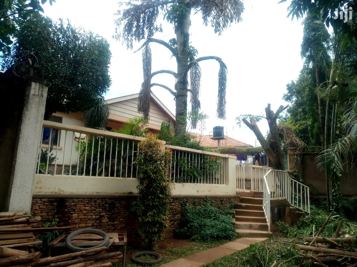 Mutungo Single Room House for Rent