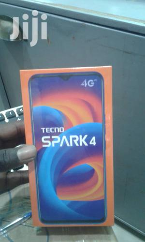New Tecno Spark 4 32 GB Black