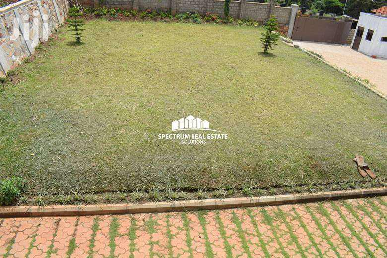 APARTMENTS FOR RENT IN LUBOWA | Houses & Apartments For Rent for sale in Kisoro, Western Region, Uganda