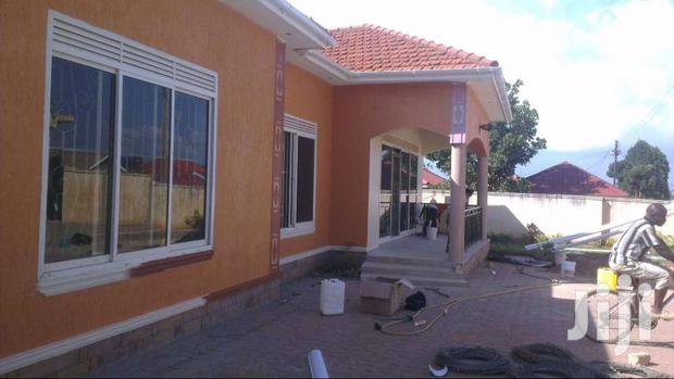 Great Homes Good Living 4beds/3toilets 2boys Qtrs, On 25dec In Kira