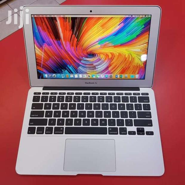 Archive: Apple Macbook Air I5(11 Inches)