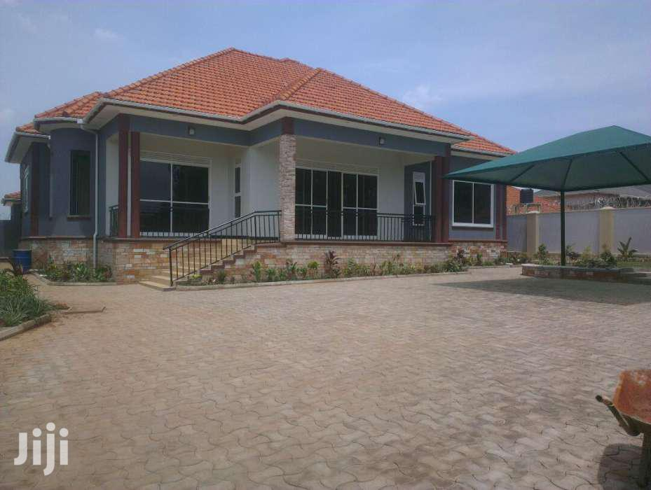 Najjera 4beds/4toilet Bungalow On 25decs  | Houses & Apartments For Sale for sale in Kampala, Central Region, Uganda