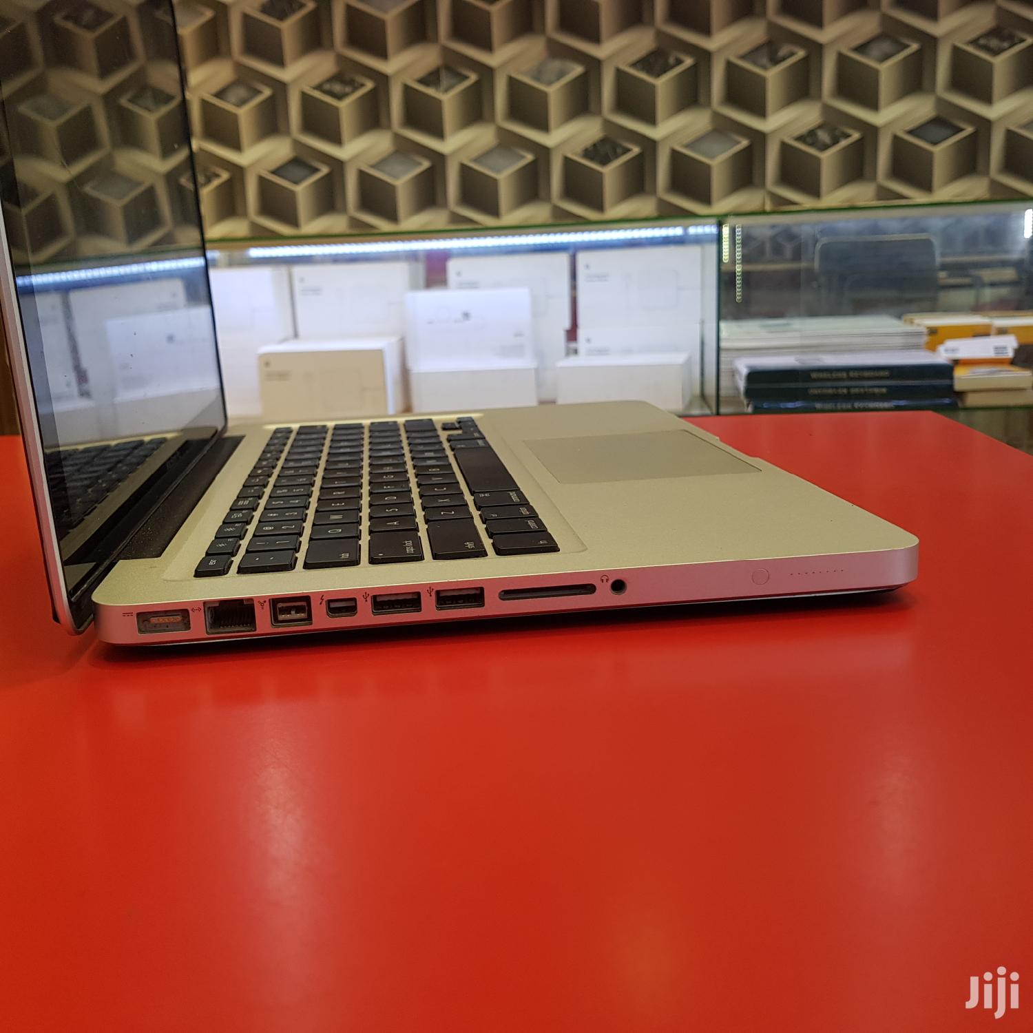 Archive: Laptop Apple MacBook Pro 8GB Intel Core i7 HDD 500GB
