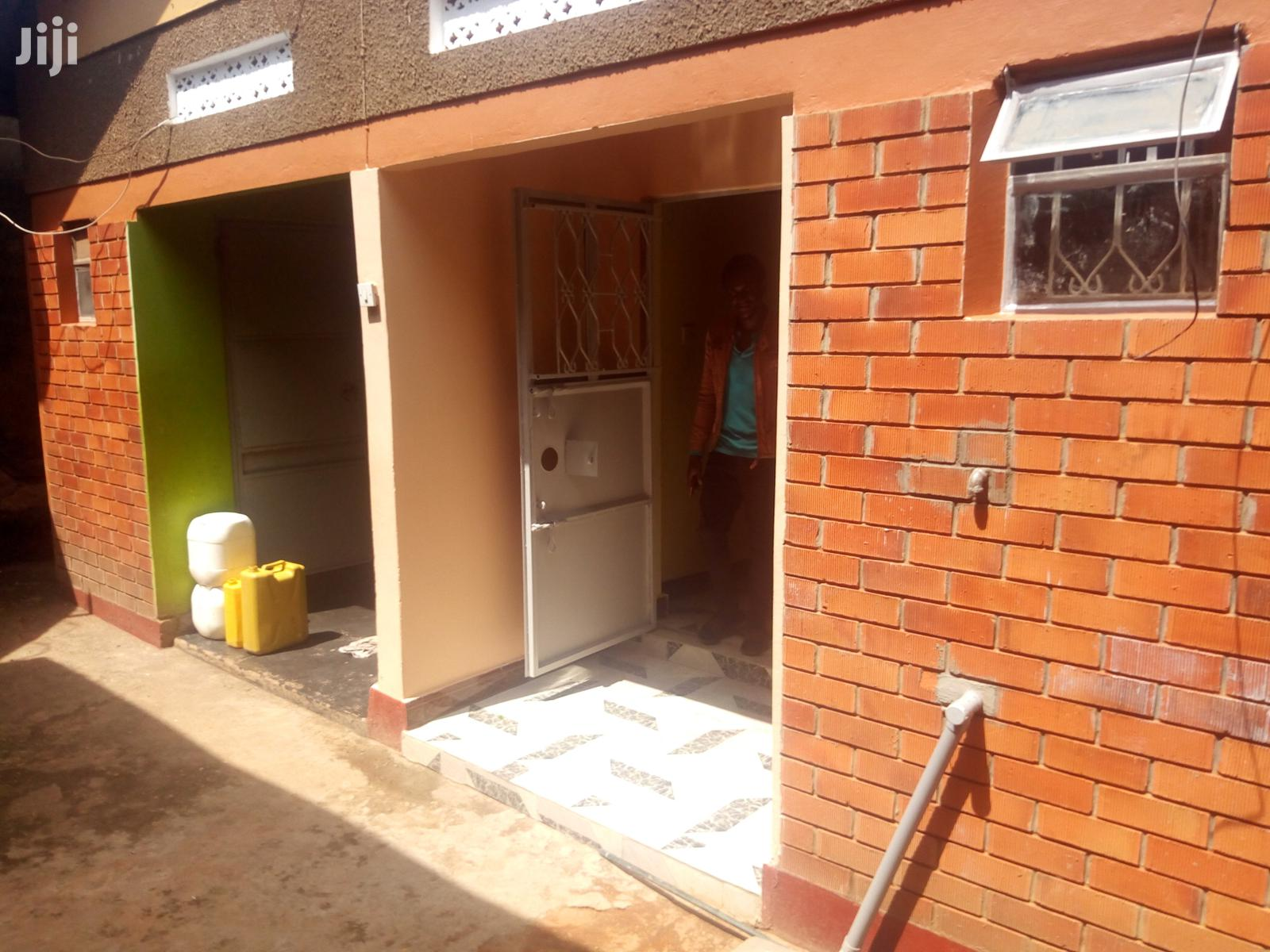Archive: Kireka Modern Double Room for Rent