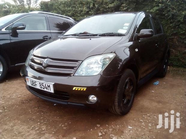 Archive: New Toyota IST 2006 Brown