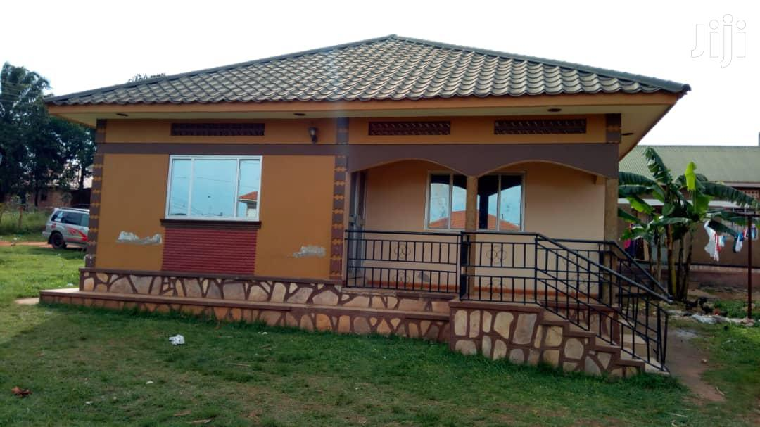 Stupefying 3bedroom Home in Kisaasi Kyanja | Houses & Apartments For Sale for sale in Kampala, Central Region, Uganda